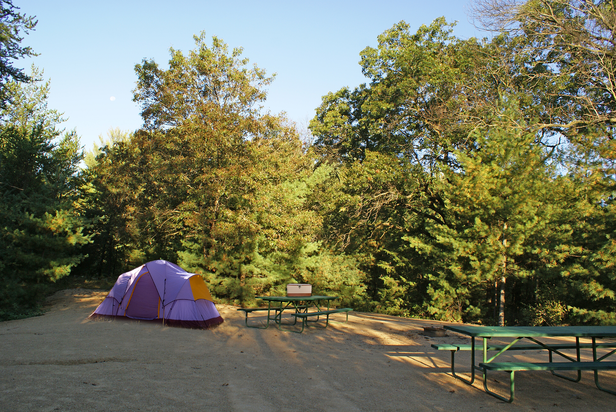 Overnight Campsites at Smokey Hollow Campground