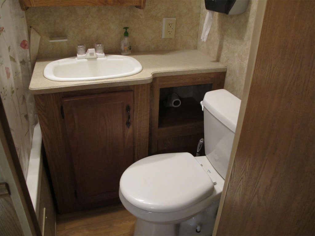 Travel Trailer 5 Bathroom