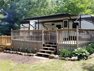 Campers for Sale | Smokey Hollow Campground