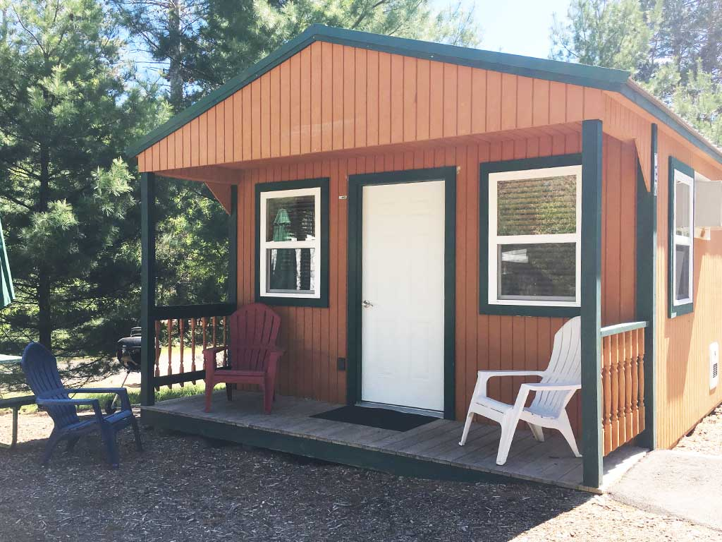 Smokey Hollow Deluxe Cabin Style 3 Exterior